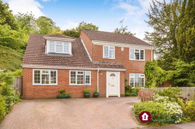 Property for sale in Chiselbury Grove, Salisbury