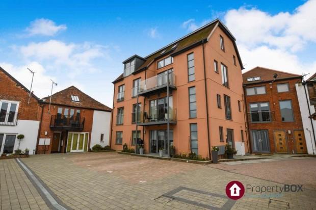 Property for sale in Brown Street, Salisbury