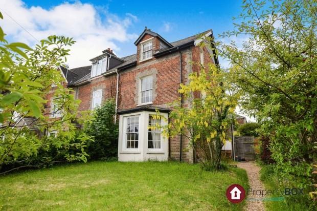 Property for sale in 189 Devizes Road, Salisbury