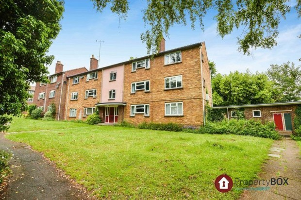 Property for sale in The Brambles, Salisbury