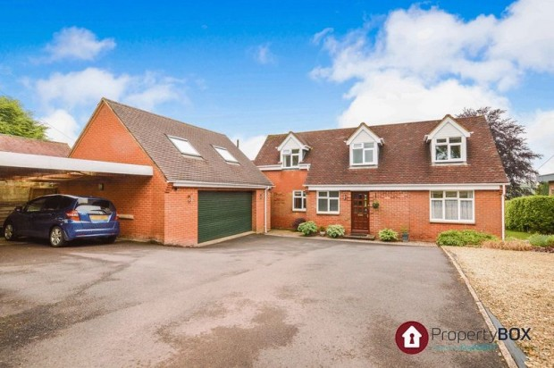 Property for sale in The Causeway, Salisbury