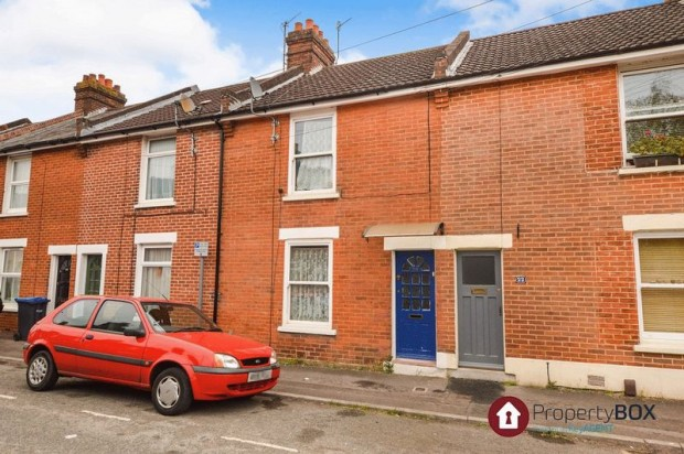 Property for sale in Coldharbour Lane, Salisbury
