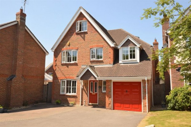 Property for sale in Monxton Close, Salisbury
