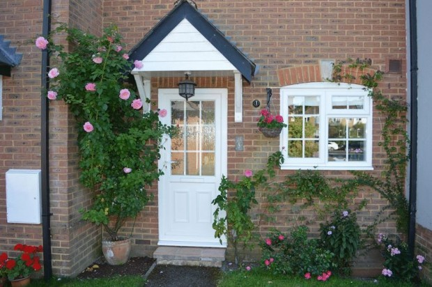 Property for sale in Hampton Court, Salisbury