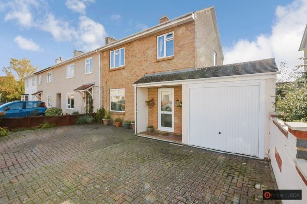 Property for sale in Rambridge Crescent, Salisbury