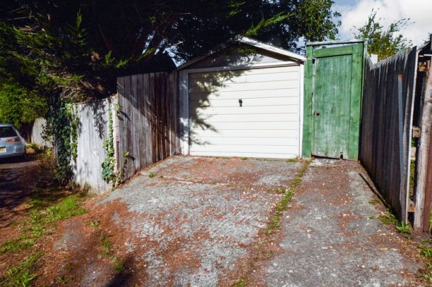 Property for sale in Marina Road, Salisbury