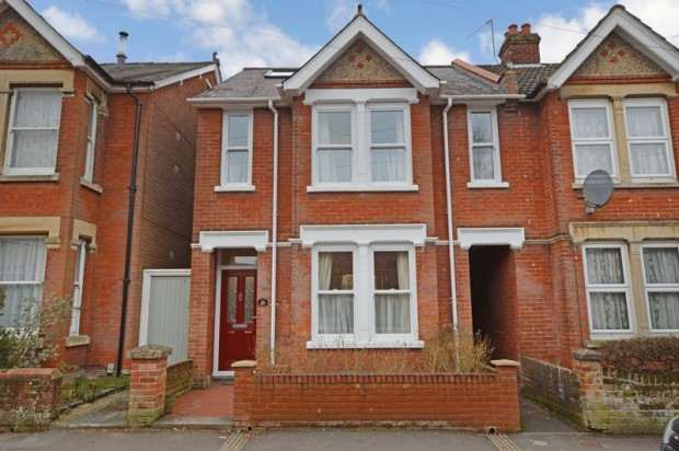 Property for sale in Ayleswade Road, Salisbury