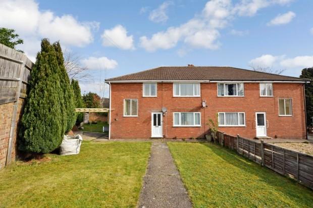Property for sale in Broadlands Close, Salisbury