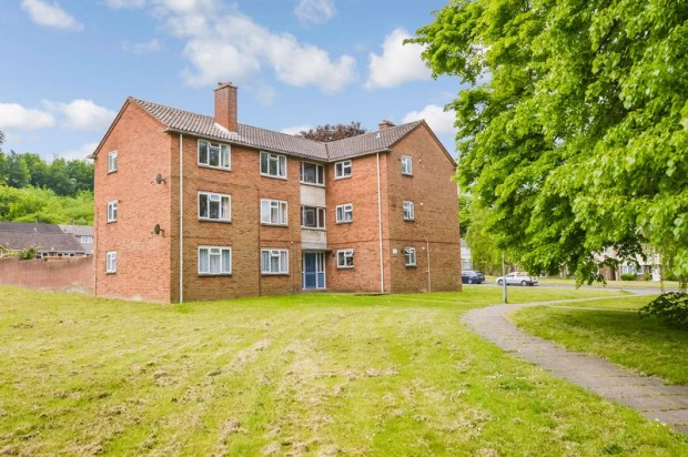 Property for sale in Essex Square, Salisbury