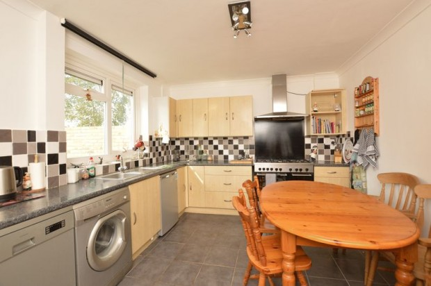 Property for sale in Moot Close, Salisbury