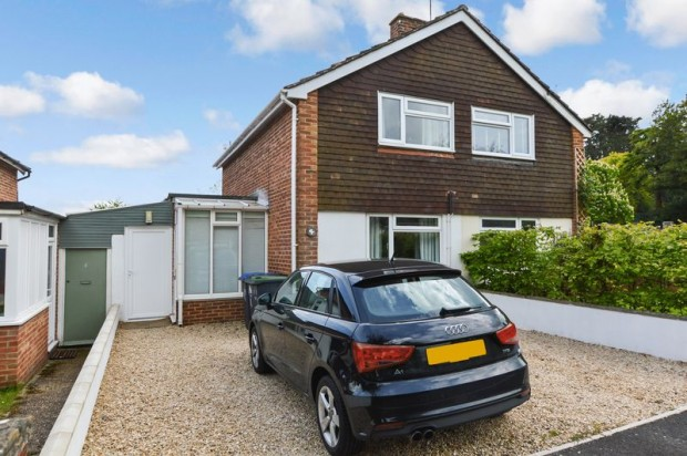 Property for sale in Cheverell Avenue, Salisbury