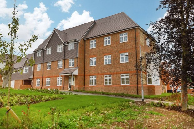 Property for sale in Dimmer Drive, Salisbury