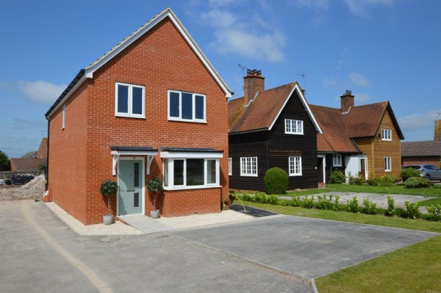 Property for sale in Hunter Close, Salisbury