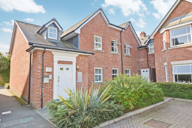 Property for sale in Spire View, Salisbury