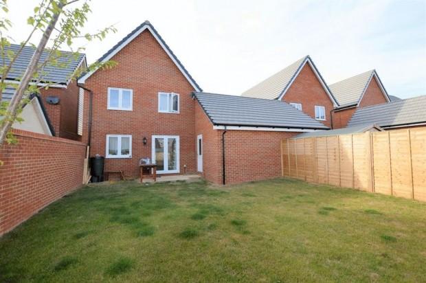 Property for sale in Nicholson Vale, Salisbury