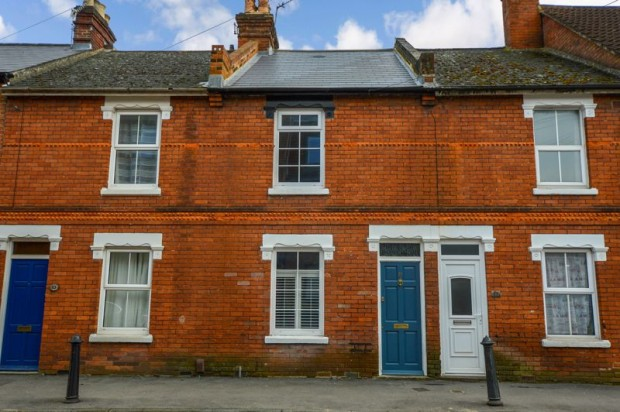 Property for sale in Pennyfarthing Street, Salisbury