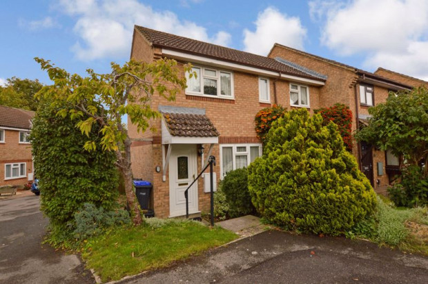 Property for sale in Woodbury Gardens, Salisbury