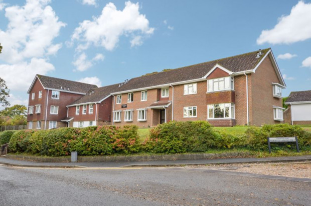 Property for sale in St. Marks Avenue, Salisbury
