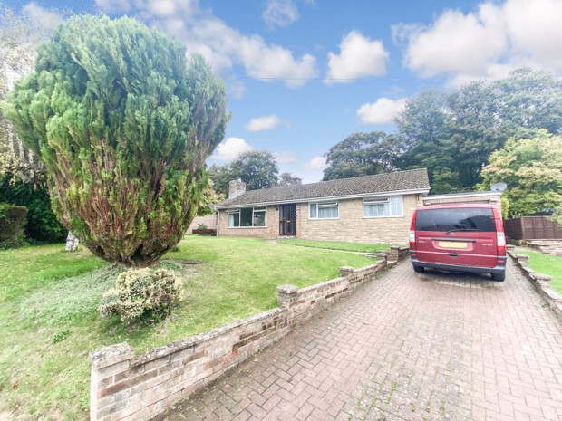 Property for sale in Green Lane Close, Salisbury
