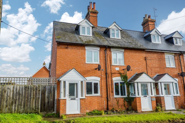 Property for sale in Knew Cottages , Salisbury