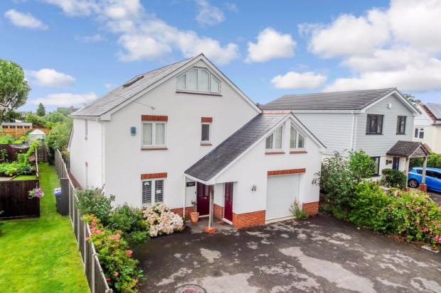 Property for sale in Vale Road, Salisbury