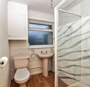 2 Bedroom Bungalow for sale in Greenacres, Salisbury