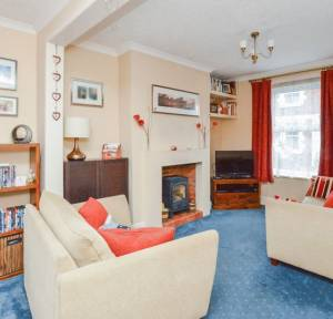 2 Bedroom House for sale in Meadow Road, Salisbury