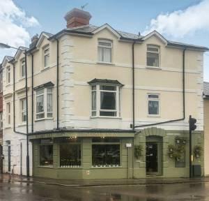 1 Bedroom  for sale in West Street, Salisbury