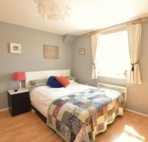 1 Bedroom Flat for sale in Middleton Road, Salisbury