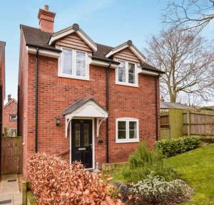 3 Bedroom House for sale in The Limes, Salisbury