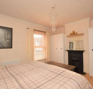 2 Bedroom House for sale in Meadow Road South, Salisbury