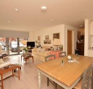 2 Bedroom Apartment / Studio for sale in Brown Street, Salisbury