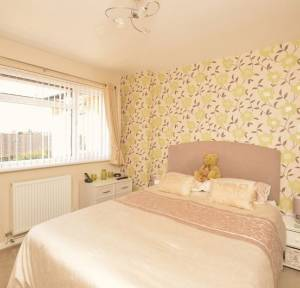 3 Bedroom Bungalow for sale in Downsway, Salisbury