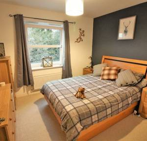 2 Bedroom Flat for sale in Avon Place, Salisbury