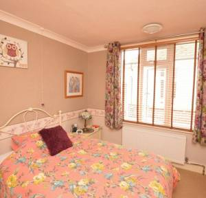 3 Bedroom Bungalow for sale in Idmiston Road, Salisbury