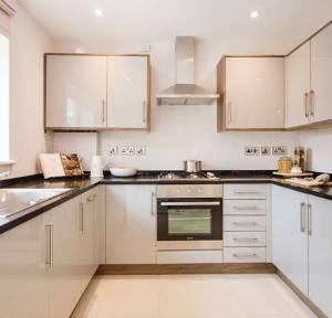 4 Bedroom House for sale in Boscombe Road, Salisbury