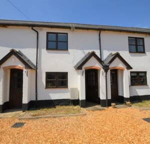 2 Bedroom House for sale in Gunville Road, Salisbury