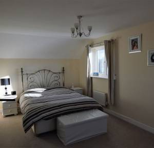 5 Bedroom House for sale in Roger Way, Salisbury