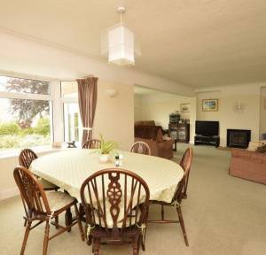 4 Bedroom House for sale in The Causeway, Salisbury