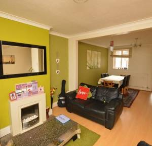 3 Bedroom House for sale in Coldharbour Lane, Salisbury