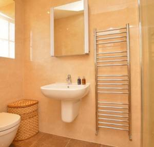 5 Bedroom House for sale in Monxton Close, Salisbury