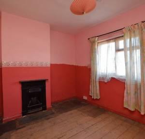 2 Bedroom House for sale in Douglas Haig Road, Salisbury
