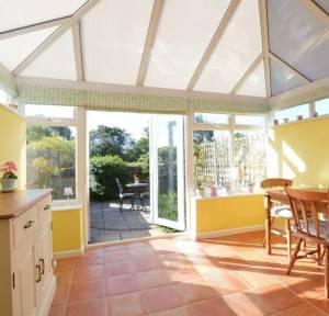 2 Bedroom House for sale in Hampton Court, Salisbury