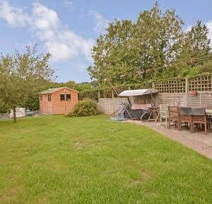 3 Bedroom House for sale in Winterslow Road, Salisbury