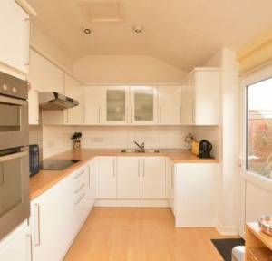 2 Bedroom House for sale in Richmond Road, Salisbury