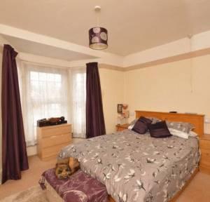 4 Bedroom House for sale in Wilton Road, Salisbury