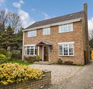 4 Bedroom House for sale in Church Road, Salisbury