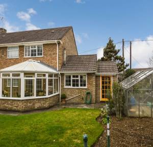 4 Bedroom House for sale in Church Road, Salisbury