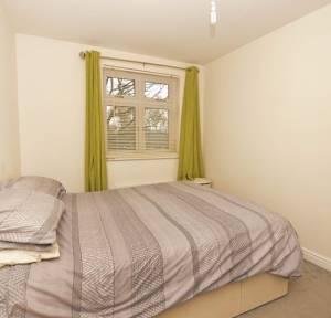 2 Bedroom Flat to rent in Bailey Lane, Wilton