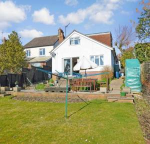 3 Bedroom Bungalow for sale in Shaftesbury Road, Salisbury